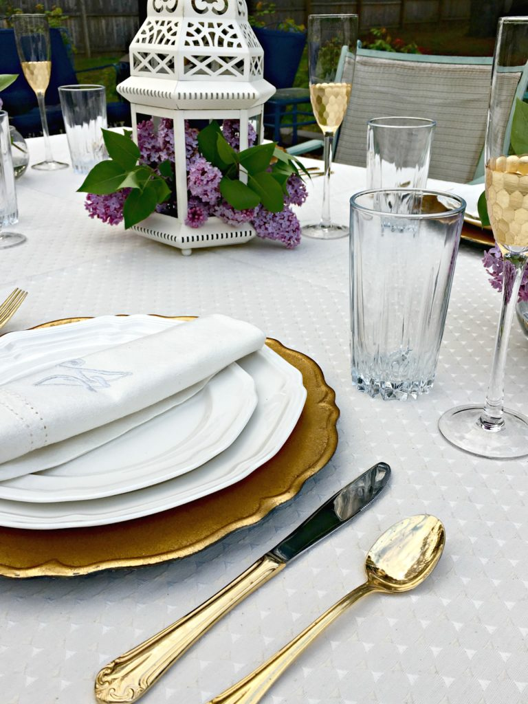 Gold Tablescape   Gold Glam Table   Girls Brunch   Spring Table Inspiration   Picnic Table   Picnic Table Decor   Mothers Day Table   Brunch Ideas   Brunch Tablescape