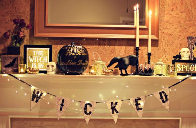 Halloween mantle decorations | Halloween Party | Halloween decorations | classy halloween | kid friendly hallowee decorations | Classic Halloween decorations | Black white and gold halloween decorations | halloween decoration inspiration | halloween costume contest |